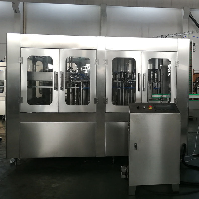 How to adjust the filling accuracy of the small bottle beverage filling machine